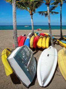 Free Kayaks Royalty Free Stock Images - 3252929