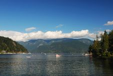 Free Deep Cove Stock Photo - 3253520