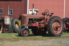Free Old Red Tractors Stock Photography - 3254532