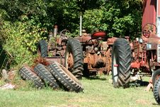 Free Old Red Tractors Royalty Free Stock Photography - 3254557