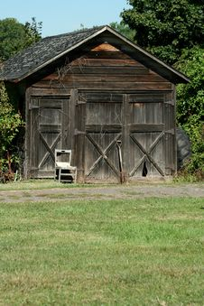 Free Old Barn Royalty Free Stock Photography - 3254567