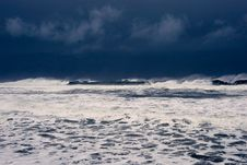 Free Winter Ocean Waves Royalty Free Stock Image - 3257486