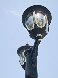 Free Light Poles Royalty Free Stock Photos - 32501898