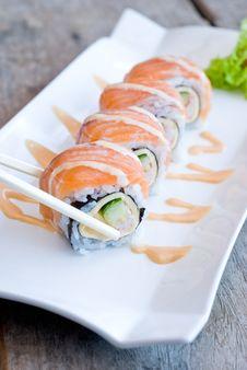 Free Salmon Sashimi Roll Royalty Free Stock Photo - 32504455