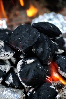 Free Charcoal Stock Photography - 32553702