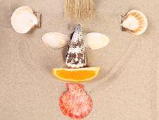 Free Mug On The Sand Stock Images - 32571774