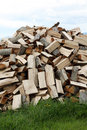 Free A Big Pile Of Firewood Royalty Free Stock Image - 32590136