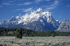 Free Grand Teton After First Snow Royalty Free Stock Photography - 3263397