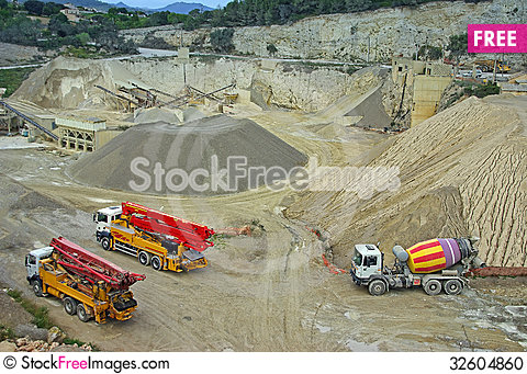 Free Industrial Quarry Stock Photo - 32604860