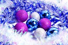 Free Christmas Decorations Royalty Free Stock Photos - 32603408