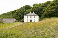 Free Rural Irish Country Farmhouse Stock Photos - 32642023