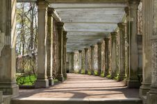 Free Antique Columns Corridor Stock Photos - 32648053
