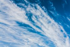 Free Blue Sky Royalty Free Stock Photography - 32653617