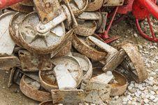 Free Old Metal Wheel Royalty Free Stock Photos - 32678548