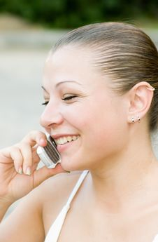 Free Woman Speaking On The Phone Stock Image - 3270311