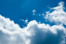 Free Partly Cloudy Royalty Free Stock Photography - 3271007