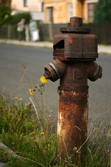 Free Rusty Old Hydrant Stock Image - 3273721