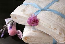 Free Hand Cream Stock Images - 3276174