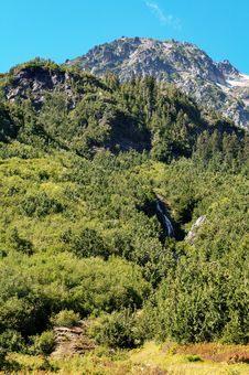 Free Scenic Mountain View Stock Image - 3277951