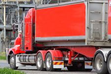 Free Semi Truck Royalty Free Stock Photos - 3279358