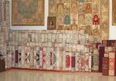 Free Carpet Shop In Turkey Stock Photos - 32720373