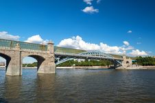 Free Pedestrian Andreevsky Bridge In Moscow Stock Photo - 32720920