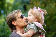 Free Father And Daughter Royalty Free Stock Images - 32751269