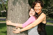 Free Mother And Daughter Royalty Free Stock Photo - 3283015