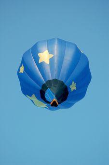 Free Blue Star Hot Air Balloon Royalty Free Stock Image - 3284996