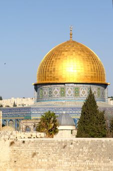 Free Gold Dome Of The Rock Royalty Free Stock Photo - 3287095