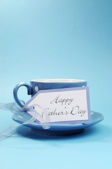 Free Happy Fathers Day Gift Tag With A Cup Of Coffee Or Tea For Dad - Vertical. Stock Photos - 32802063