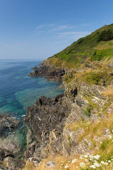 Coastal View From Rocks At Entrance To Polperro Cornwall England Royalty Free Stock Images