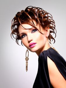 Beautiful Woman With Fashion  Hairstyle And Glamour Makeup Royalty Free Stock Photo