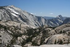 Free Half Dome And Cloud S Rest Royalty Free Stock Photography - 32824997