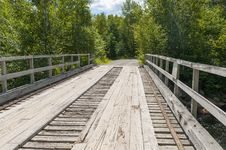 Free Wood Plank Bridge Stock Photography - 32833362