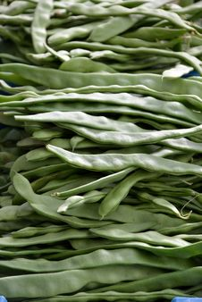 Free String-beans Royalty Free Stock Photo - 32866145