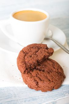 Free Chocolate Cookies And Coffee Cup Stock Image - 32872301