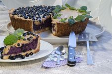 Free Slice Of Blueberry Pie With Mint Served With Knife And Paddle For Cake Stock Image - 32874091