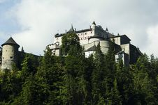 Free Alpine Castle Royalty Free Stock Photos - 32876658