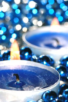 Free Blue Candles With Balls Royalty Free Stock Images - 3295669