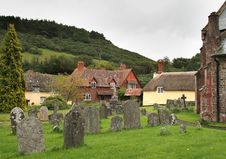 Free English Village Churchyard Royalty Free Stock Photography - 3295947