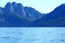 Free Alaska Sea And Mountains Stock Photography - 3296952