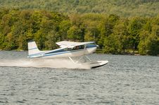 Float Plane Or Seaplane Taking Off Royalty Free Stock Image