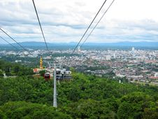 Free Hatyai Cable Car Royalty Free Stock Photo - 32973465