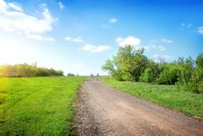 Free Wide Road In The Field Royalty Free Stock Photo - 32991165