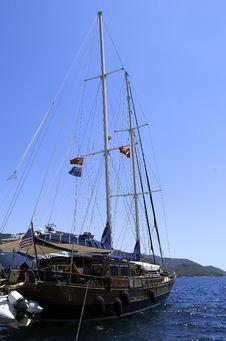Free Wooden Sailing Boat Stock Photo - 32996030