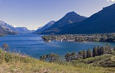 Free Lakeside Town Royalty Free Stock Photo - 339405