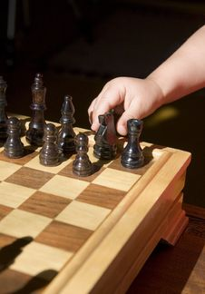 Free Child Playing Chess Stock Photo - 3300710