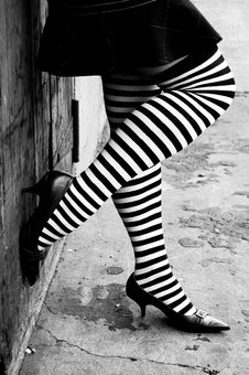 Free Striped Stockings And Heels Royalty Free Stock Photos - 3301088