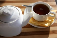 Free Brewing Teapot With A Cup Stock Image - 3301751